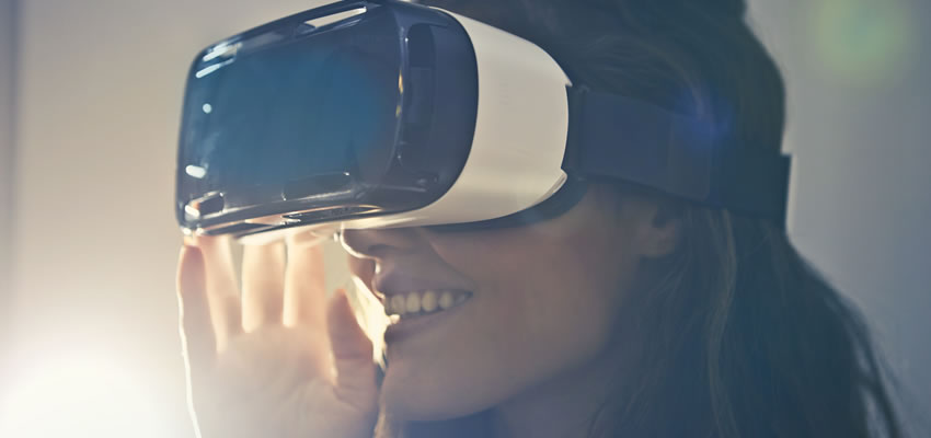 <h1><strong>VR &amp; Augmented Reality:</strong> Driving Innovation</h1>
